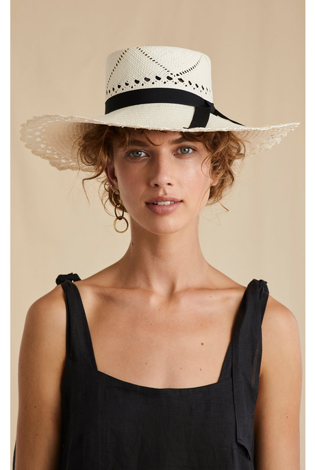 SCALLOPED BRIM IVORY WHITE STRAW BOATER